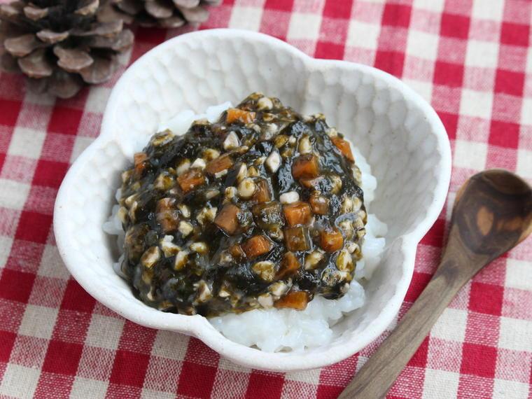 海苔と納豆のくたくた煮(ごはんと一緒).JPGのサムネイル画像