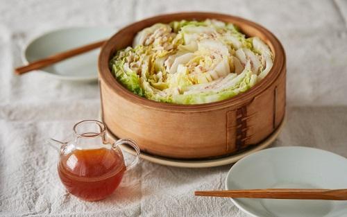NEWS 白菜と豚バラ肉の温サラダ.jpg