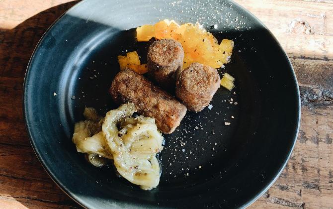 KISHIMOTO'S RECIPE ごぼうの鰹だし煮のフリット 焼きなすと柿のソース