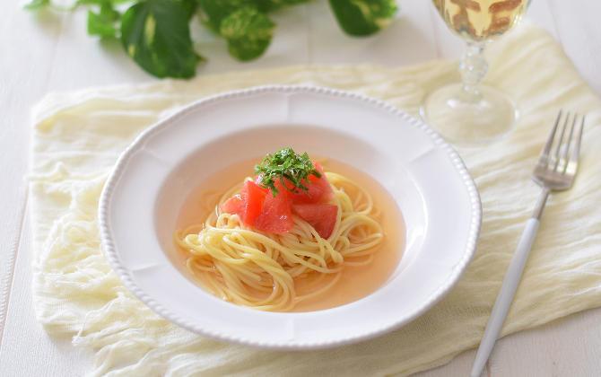 豊田さん家の トマトと大葉の和風冷製パスタ