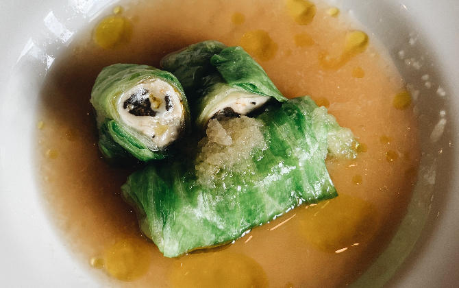 KISHIMOTO'S RECIPE 牡蠣のロールレタス みぞれだし仕立て