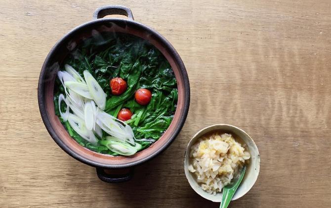 ICHIKAWA'S RECIPE たっぷりほうれん草の鍋 白だしと酸っぱい白菜のつけだれ