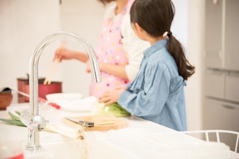 写真3(親子で料理).jpeg