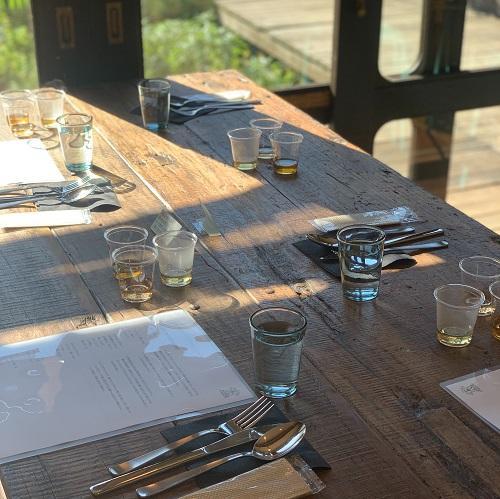 試飲テーブル写真.jpg